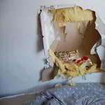 Tévét akartak lopni, áttörték a falat – fotó