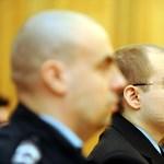 Képek: újra bíróság előtt a pécsi lövöldöző