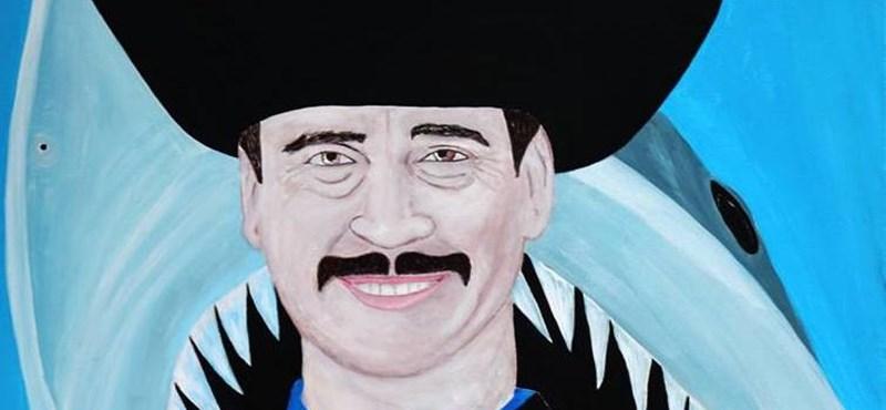drMáriás megfestette a rabszolgatörvényt aláíró Áder János mosolyát