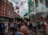 Tüntetők próbáltak betörni a bolgár képviselői irodaházba