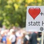 50 ezren mentek el a rasszizmus elleni óriáskoncertre Chemnitzben