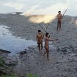 Egyelőre a bennszülöttek szigetén marad a megölt amerikai misszionárius holtteste
