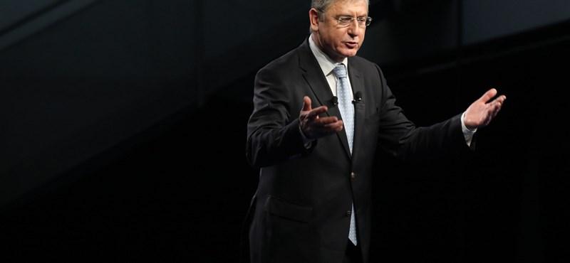 Gyurcsány azzal kampányol, hogy vonják meg a határon túli magyarok szavazati jogát