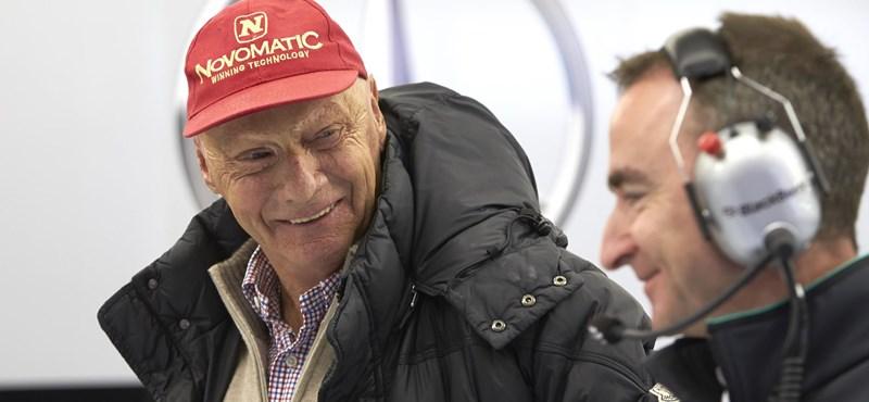 Az egész F1 Niki Laudát gyászolja