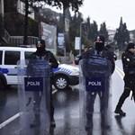 Ujgurokat gyanúsítanak a szilveszteri isztambuli merénylettel