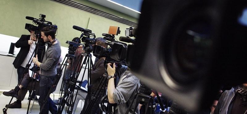 Tud lejjebb süllyedni a közmédia: lebuktak a lopással, erre hazudnak is