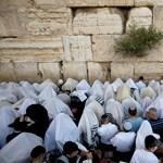 Gyorsvasút menne a Siratófalig, a palesztinok gyarmatosítást kiáltanak