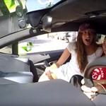 Mit szólna, ha egy Lamborghini Huracannal jönne önért a taxis? Ezen a videón megnézhet egy példát