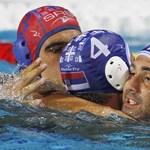 Fölényes szerb győzelem férfi vízilabdában