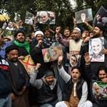 A Forradalmi Gárda vezetője bosszút ígért Szulejmáni temetésén