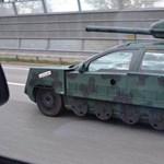Emlékeznek a tankká alakított Volvóra? Most kiderült róla egy remek hír