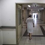 Két héttel a választások előtt tüntetnek az egészségügyi dolgozók