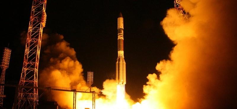 Rákapcsolnak az oroszok: 640 műholdat lőnek fel, maga Putyin jelentette be