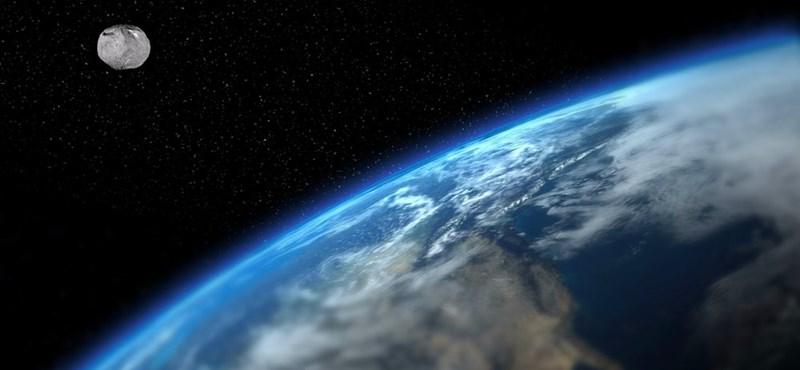 Egy 457 méteres aszteroida robogott el a Föld mellett, és sikerült lefotózni