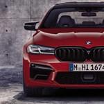 A BMW még magasabbra helyezi a lécet: jön az M5 CS