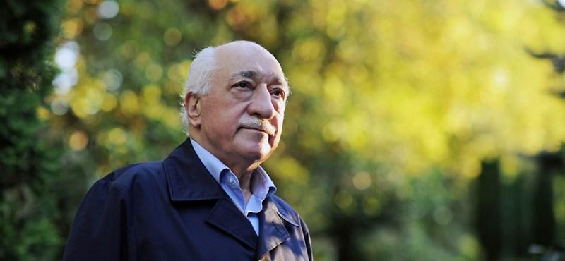 Török kormányfő: a hitszónok kiadatásán múlik Törökország Amerika-ellenessége