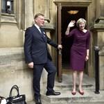Theresa May nem a Downing Street 10-be költözik be