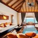 A nappaliban is felbukkan az óceán az új Maldív-szigeteki nyaralóhelyen