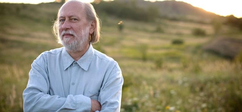 A fogadóirodák szerint két magyar is esélyes az irodalmi Nobel-díjra