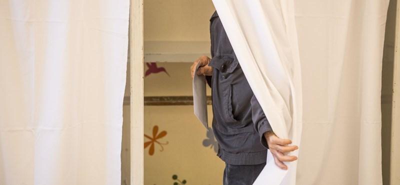 Legkésőbb csütörtökig döntenek a szavazólapokról a választási bizottságok