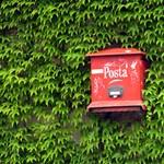 Titkosak lesznek a Posta szerződései, de durvább lehet a vége