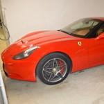 Spanyolországban kibérelték a Ferrarikat, de vissza már nem vitték, az autókat eladták Magyarországon