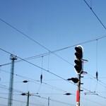 Újabb két elővárosi vasútvonalat újítanak fel több mint 155 milliárdból