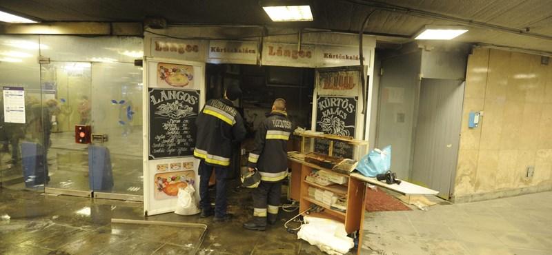 Fotó: Kigyulladt a lángossütő a Nagyvárad téri aluljáróban