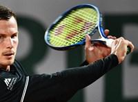 Bravúrral indított Fucsovics a Roland Garroson: legyőzte a negyedik kiemeltet