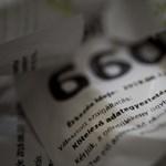Fizet egy lengyel bank, csak mondják le az ügyfeleik a számlájukat