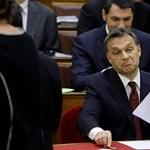 """""""Ráfogjuk a szocikra"""" - büdzsé vita a parlamentben"""