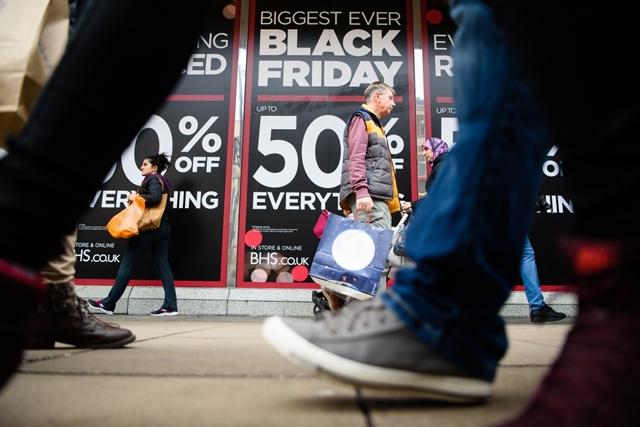 39b7eed938 Gazdaság: Amerikában nagyot ment a Fekete Péntek, az online áruházak ...