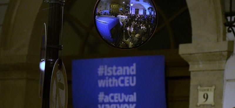 New York Állam Oktatási Hivatalára hivatkozva cáfolja a CEU a Magyar Időket