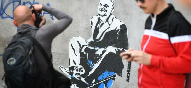 Prágában is feltűnt a kisvonatozó Orbán