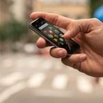 Ez lehet az álommobil azoknak, akik kisebb telefonra vágynak