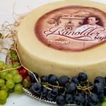 Páholyban a magyar sajtok