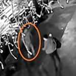 Megtalálták a körúti robbantás videóján furcsán viselkedő férfit