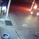 Videó: nem tudták kiszolgálni, dühében felgyújtotta a benzinkutat egy férfi