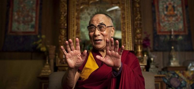 Elhagyhatta a kórházat a dalai láma