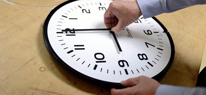 Az Európai Parlament kezdeményezte az óraátállítás felülvizsgálatát