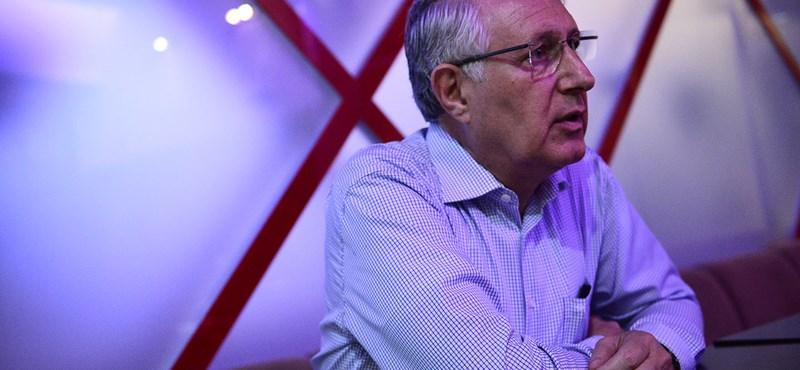Falus Ferenc szerint 3-4 hónap alatt lehet oltással elérni a nyájimmunitást