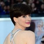 Bocsánatot kért Anne Hathaway