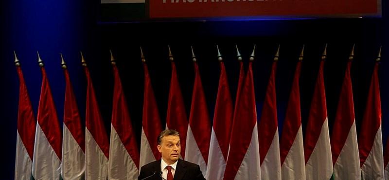 """Most a """"konstruktív, européer, finomhangoló Orbán"""" következik"""
