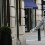 Már 233 áldozata van a járványnak Nagy-Britanniában