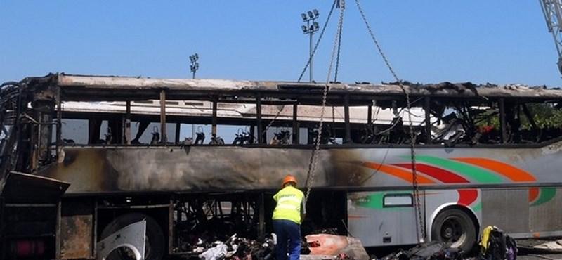 Burgaszi merénylet: hazavitték a holttesteket Izraelbe