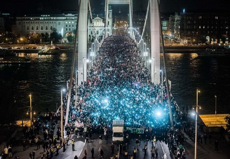 Hat éve volt az utolsó tüntetés, amely meghátrálásra késztette a kormányt