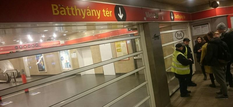 A csütörtök reggel is metrókáosszal indult