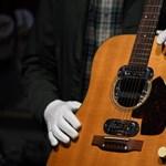 Rekordáron kelt el Kurt Cobain gitárja