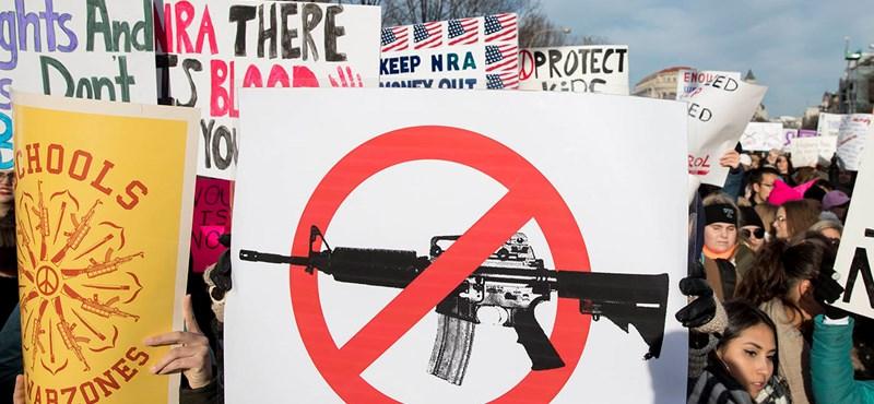 Nem félnek eléggé az amerikaiak, szenvednek a fegyverkereskedők