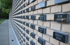 Révész: Merkelnek nincs igaza, a mai németek nem felelősek a holokausztért